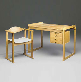 Christie`s-Desk / chair