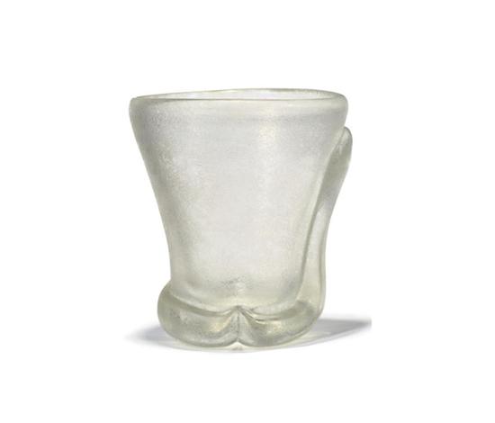 Corroso vase de Christie`s