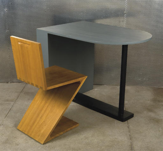 Constructivist desk (+ Zig zag chair)