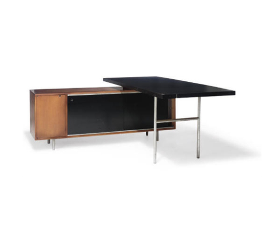 Executive desk and return de Christie`s