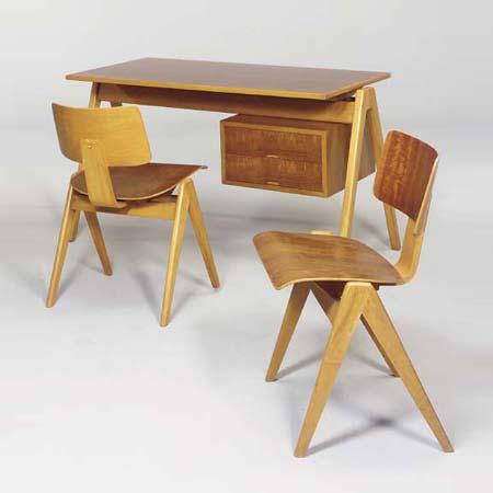 Hilleplan desk