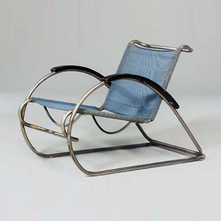 8319 lounge chair