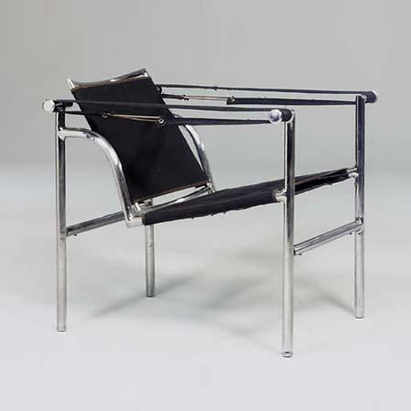 B301 Armchair Basculant