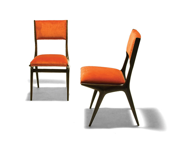 Pair of upholstered chairs, mod. 671