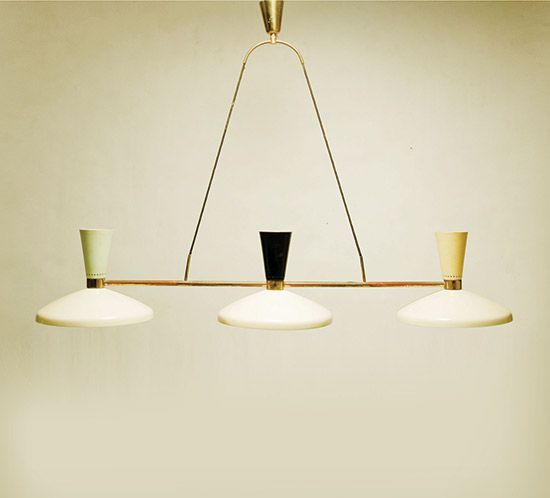 Brass chandelier with lacquered aluminium diffuser by Della Rocca