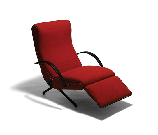 First version of the 'P40' armchair by Della Rocca