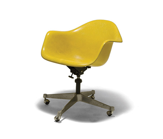 Fiberglass office chair by Della Rocca