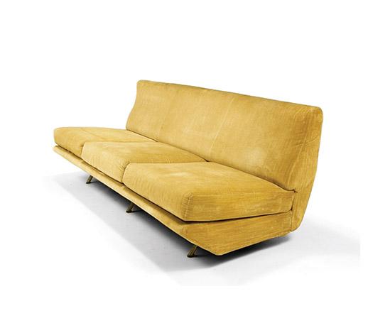 Della Rocca-'Sleep-o-matic' couch