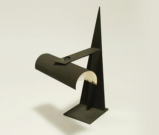 Lacquered metal table lamp by Della Rocca