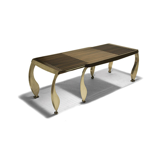 'Split' extending table von Della Rocca