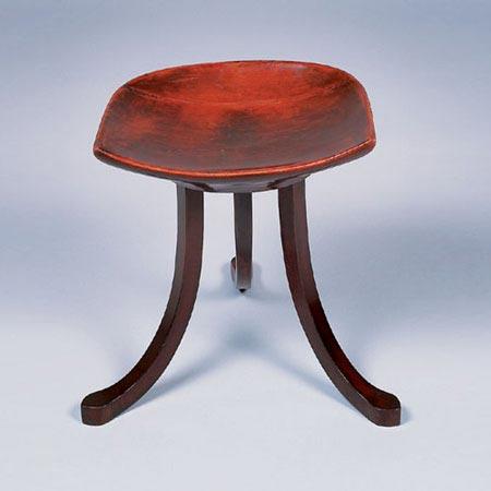 Dorotheum-Tripod stool