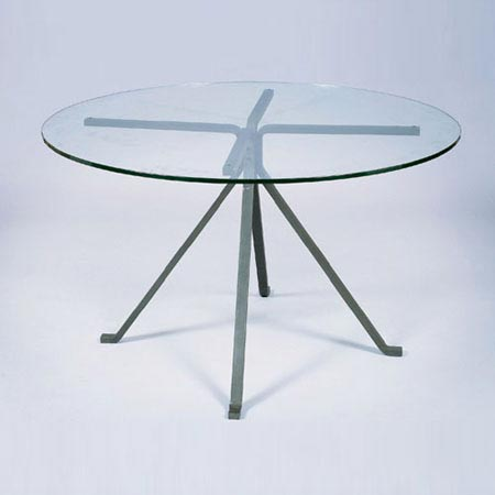 Cugino table