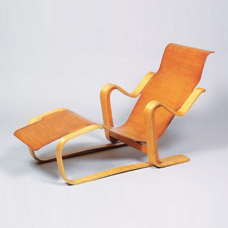 Chaise longue (Long Chair)