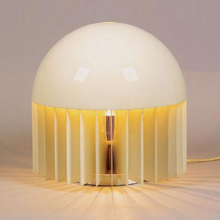 MT table lamp