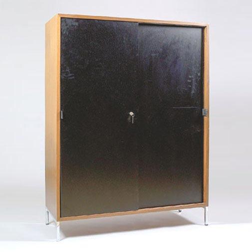 Dorotheum-Cabinet