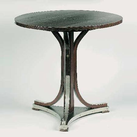 Circular table, No. 8050