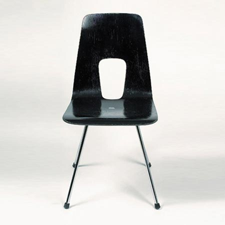 Einpunkt chairs by Dorotheum