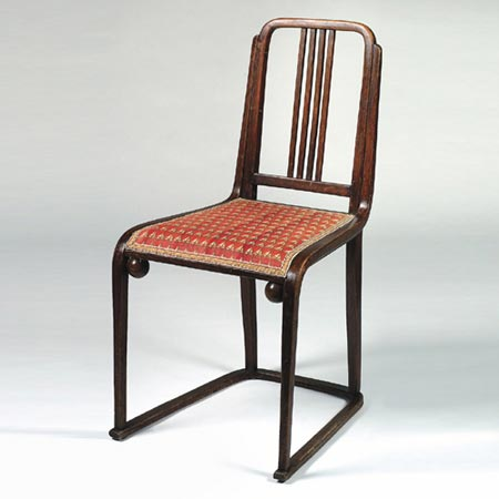 Chair on a slatted base