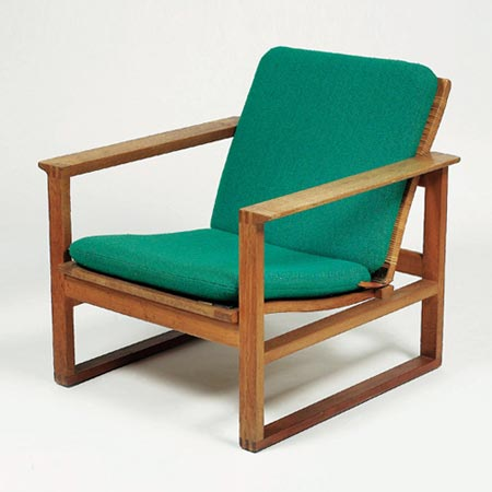 Dorotheum-Chairs Model 2254