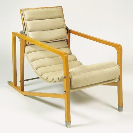 Transat armchairs by Dorotheum