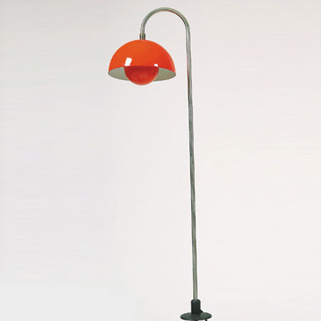 "Garden light with a ""Flower Pot"" shade"