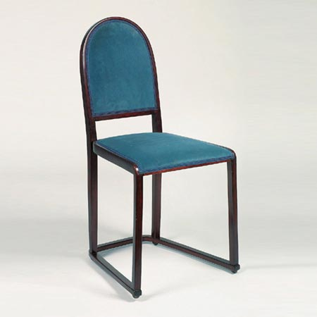High-back chair on a slatted base