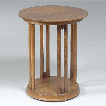 Circular table de Dorotheum