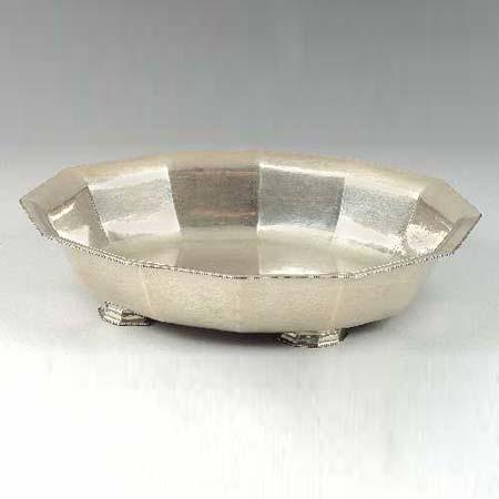Dorotheum-Bowl