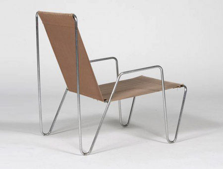 Bachelor series chair