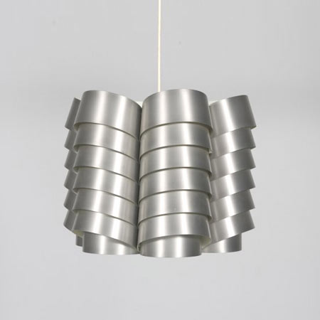 Chrome hanging lamp