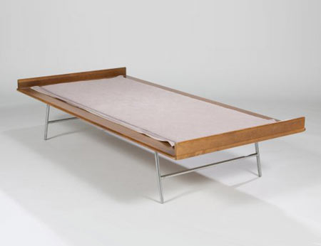 Thin Edge bed