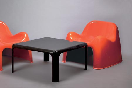 Lounge chairs 'Toga'/Table 'Arcadia'