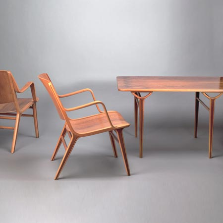 Table with six chairs 'AX'