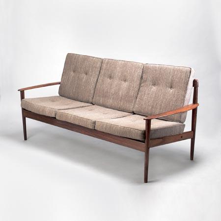 Drei-Sitzer Sofa