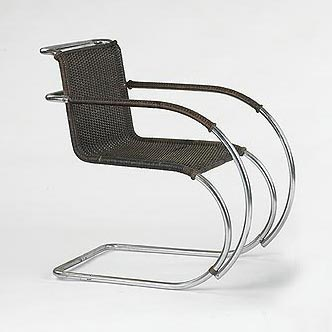 MR20 lounge chair