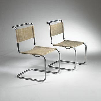 B33 side chairs di Wright
