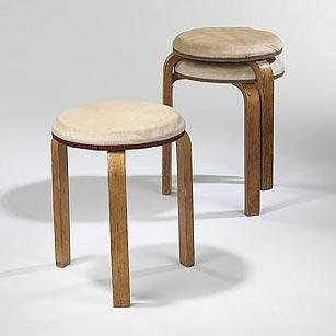 L-leg stools