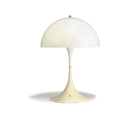 Panthella table lamp de Christie`s