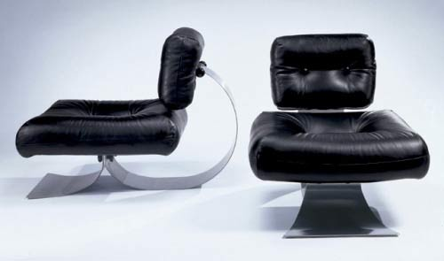 Pair of club chairs di Phillips