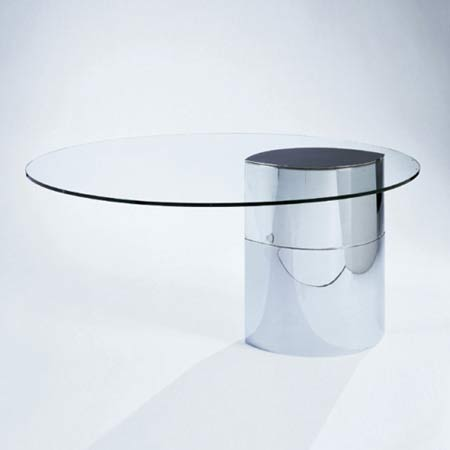 Lunario dining table de Phillips
