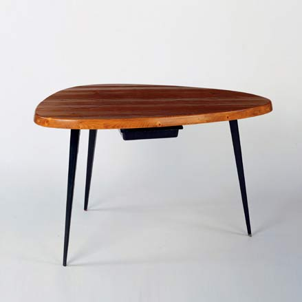 Free-form work table