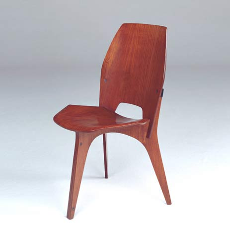 Three-legged side chair