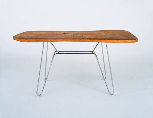 Free form table by Phillips