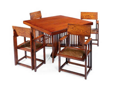 Table / four chairs