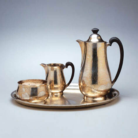 Three-piece mocca set with tray