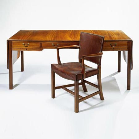 Desk  / 'Barcelona' Armchair, Model 3758