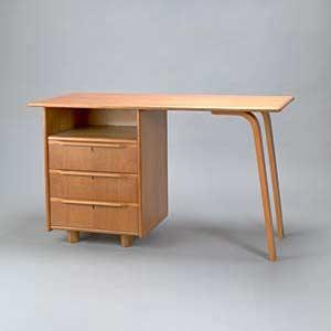 Desk EE 02