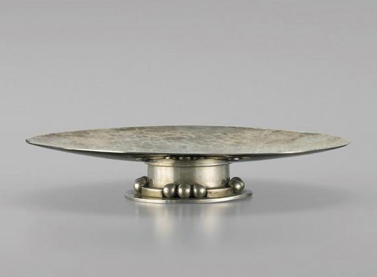 Silver-plated Martelé Tazza by Sotheby´s
