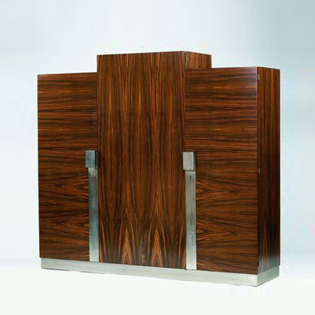 Chest of drawers by Tajan