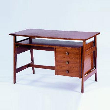 Office table by Tajan
